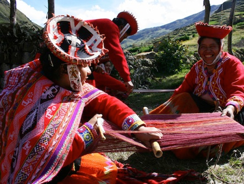 Learn to Weave in the Sacred Valley