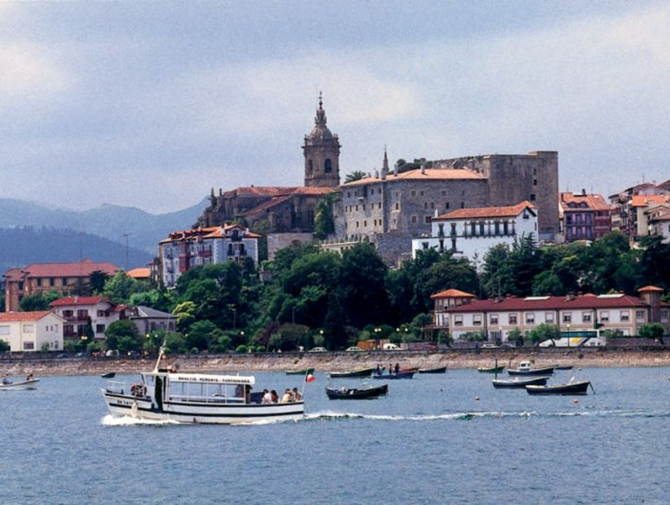 A Quick Jaunt to France Hondarribia  Spain