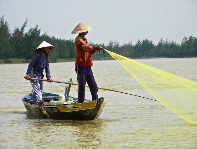 Vietnamese fishing