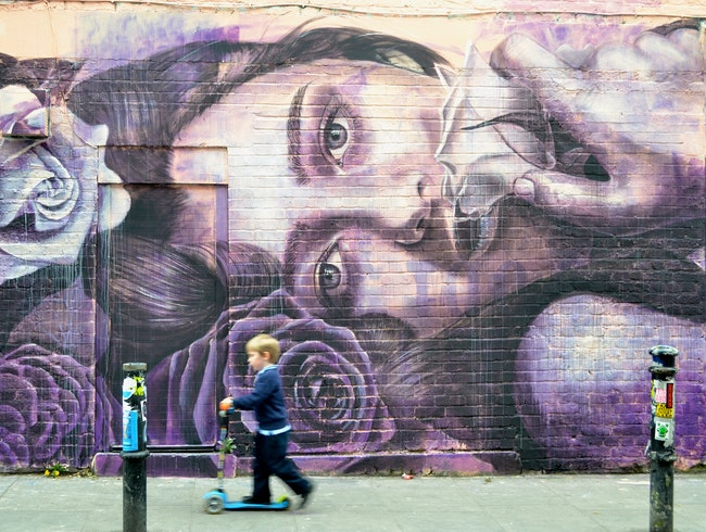 A photo walk through London's East End art scene