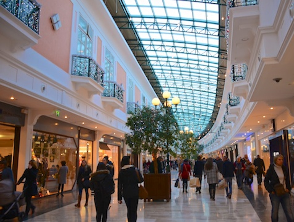 Val d'Europe: largest outlet mall in europe Paris  France