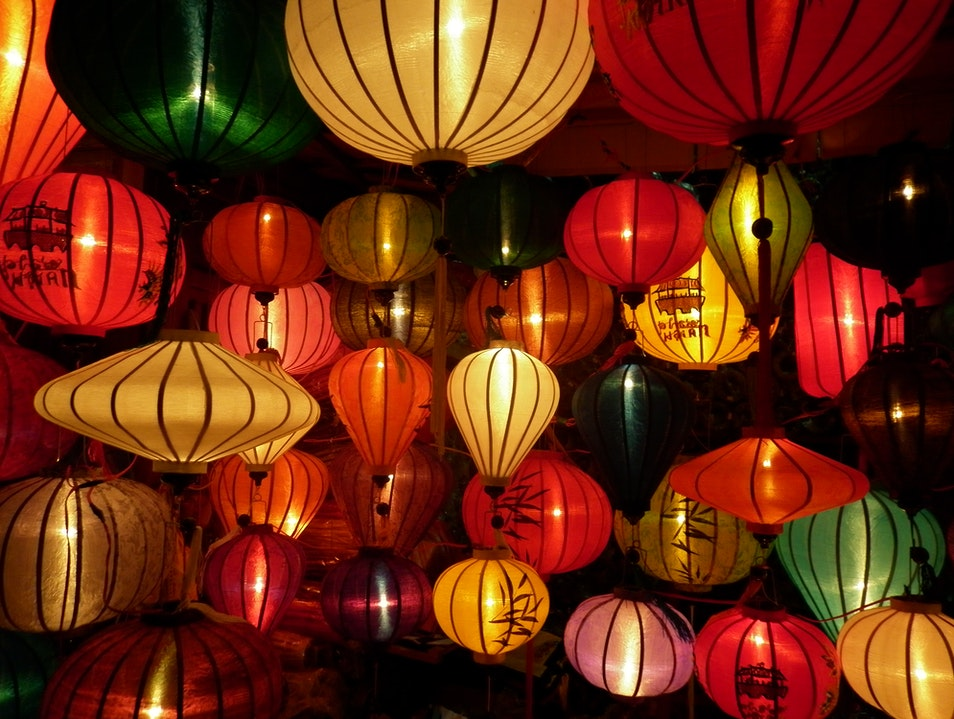 Stay Among the Silk Lanterns Tiên Lãnh  Vietnam