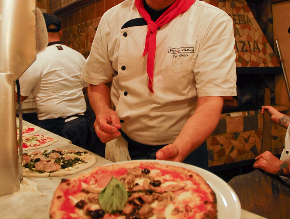 The Incidental Artisan: A Neapolitan Pizzaiolo