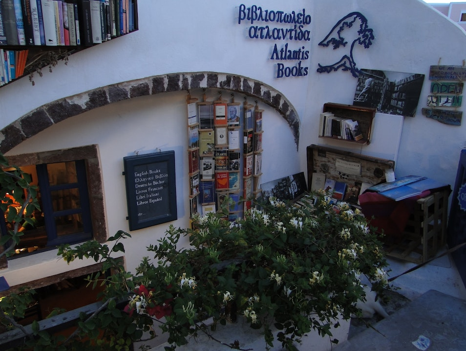Atlantis Books: A Shop with the Soul of a Traveler and Friend Oia  Greece