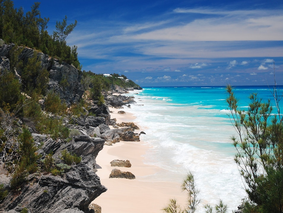 Cozy Coves and Secluded Sand Devonshire  Bermuda