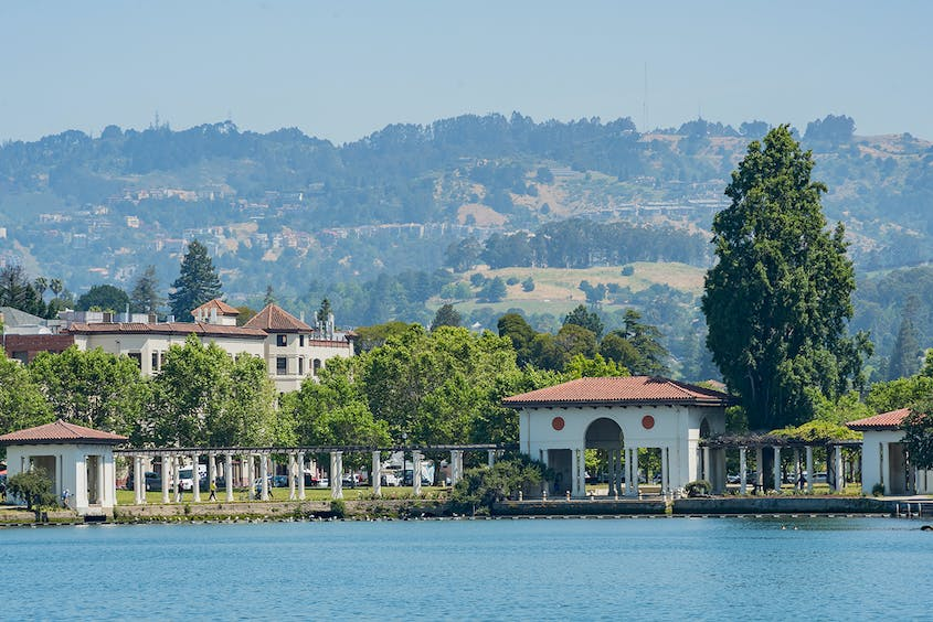 Lake Merritt, in the heart of Oakland, offers shoreline a little more than three miles long.