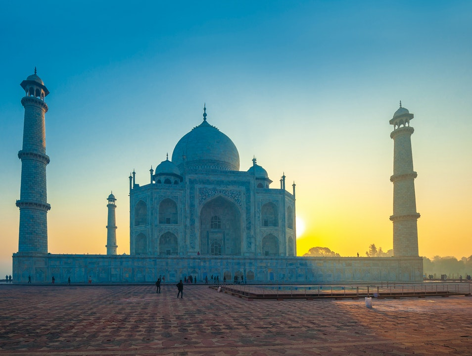 Awesome View of Sunrise in Taj Mahal Agra  India