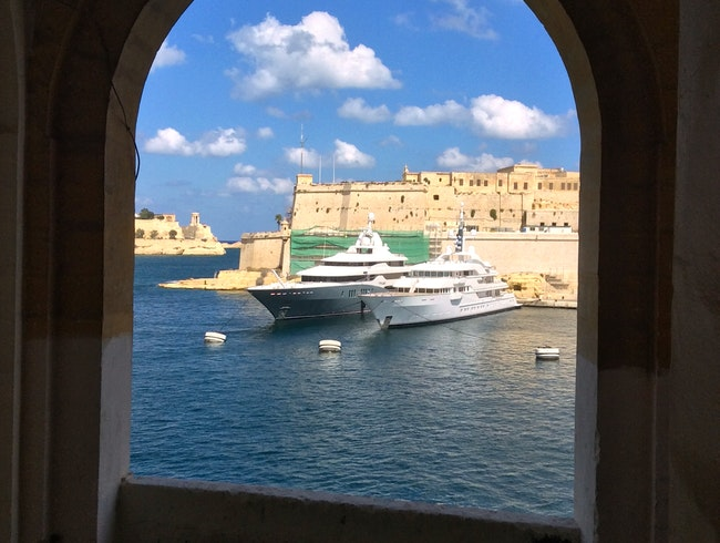 Walking tour of Senglea