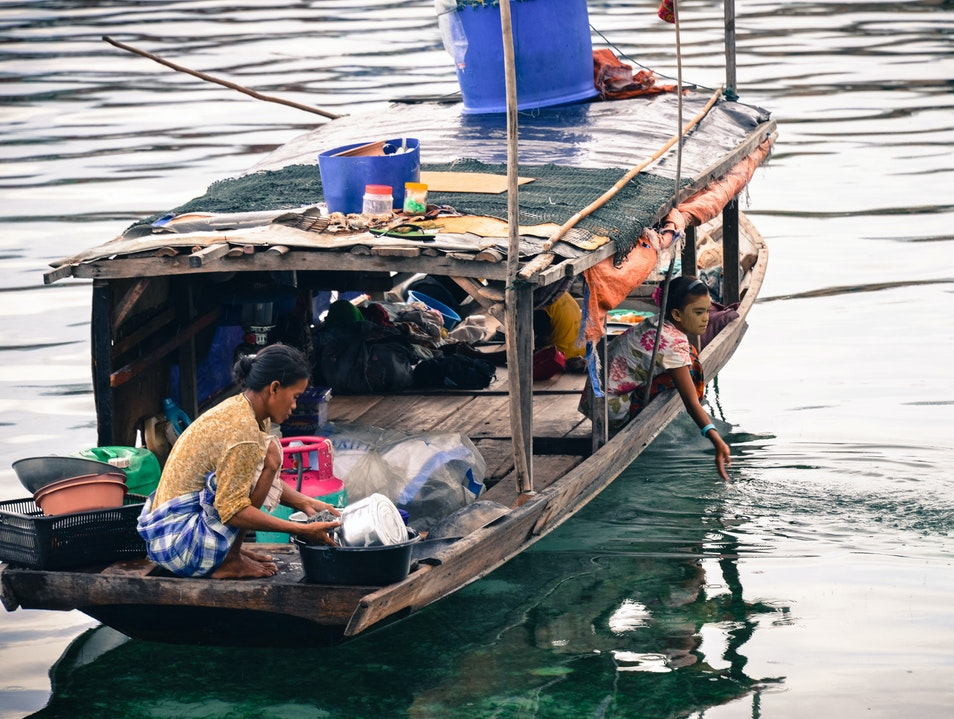 Learn about the Bajao Laut or Sea Gypsies   Malaysia