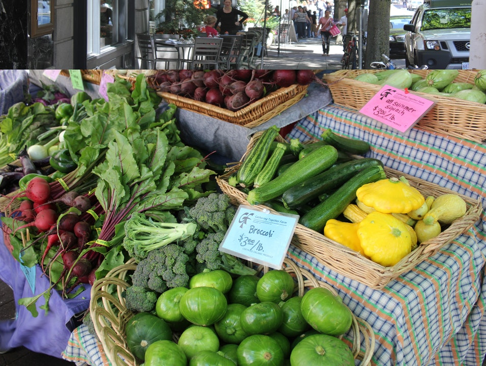 Farmers Market in the Heart of Downtown