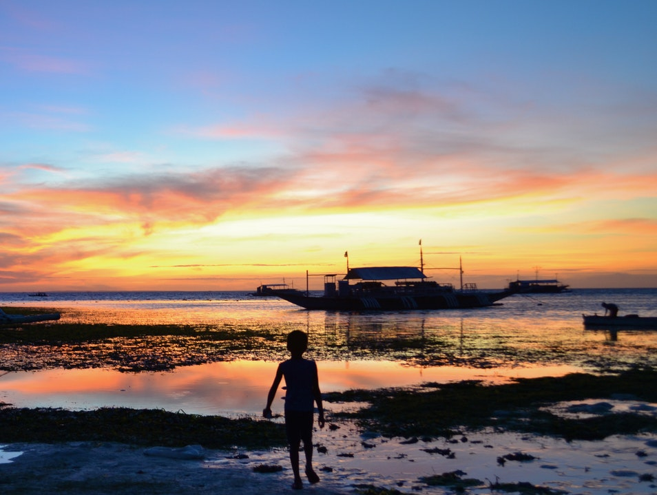 Catching Sunset in Malapascua Daanbantayan  Philippines