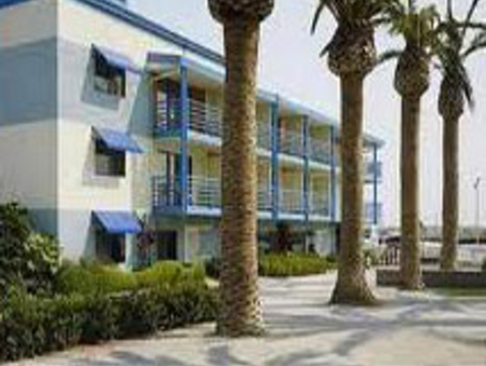Stay in historic Jack London Square