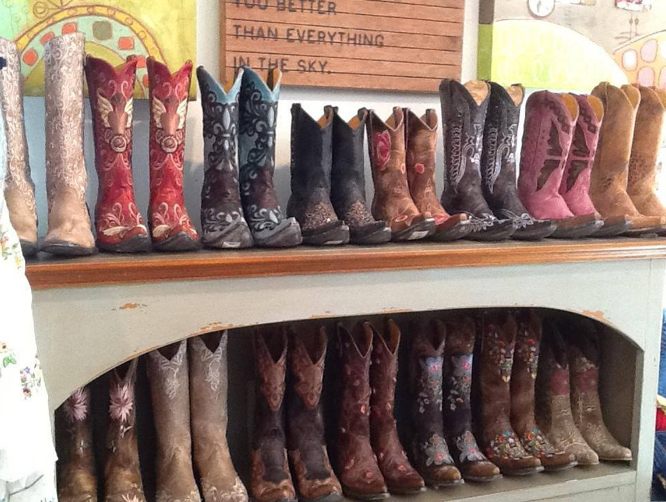 Get Boho and Boots at Bilt-House Boutique