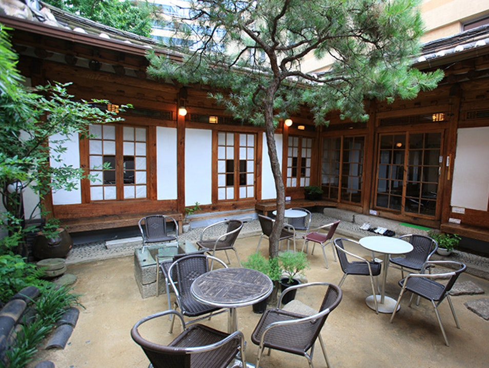 Insadong Chatjip Teahouse Incheon  South Korea