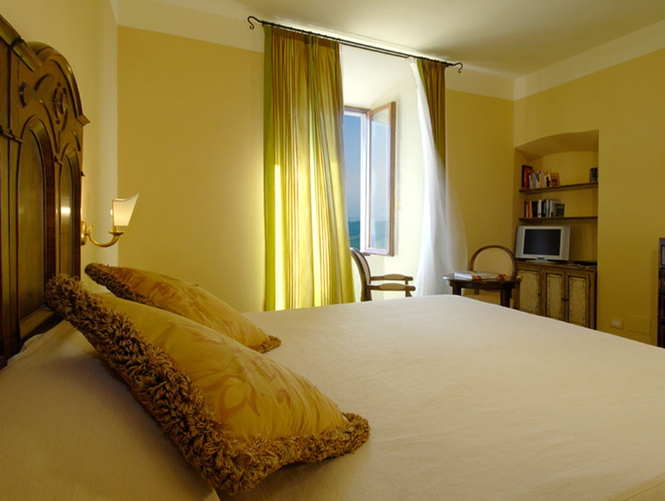 Luxury rooms with stunning views Montepulciano  Italy