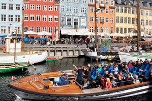 Harbor and canal tour