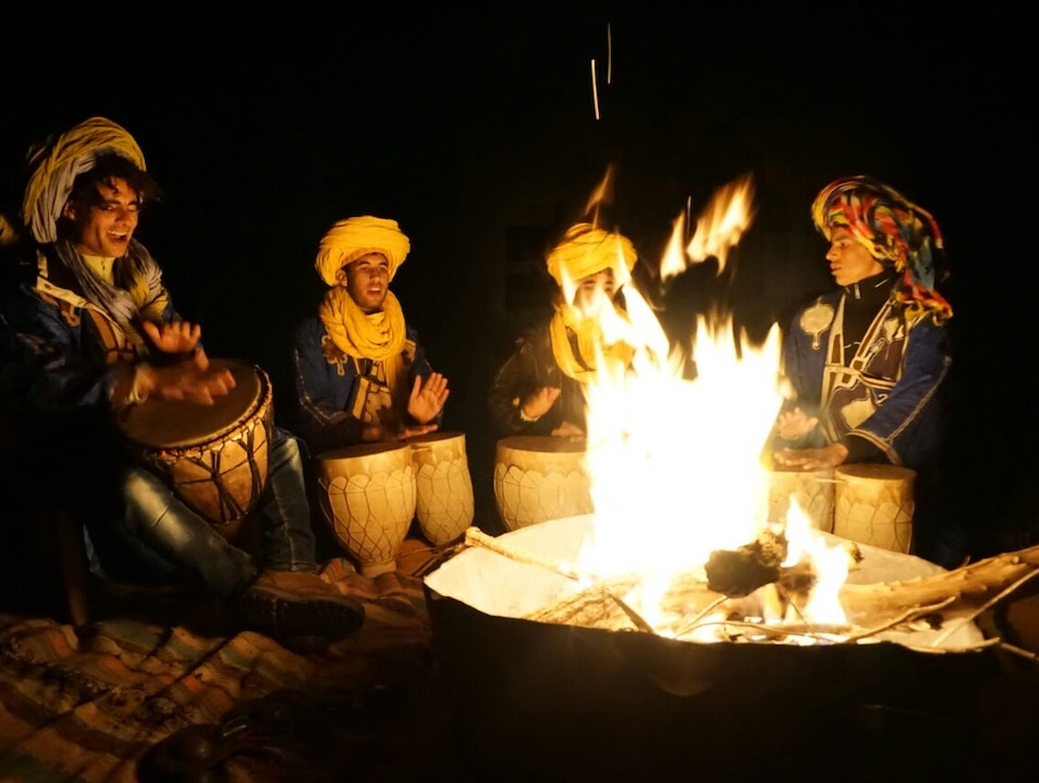 camel ride in the desert, camel tours in Erg Chebbi, 1 day excursion from Marrakech, 2 days, 3 days, 4 days, 5 days, 6 days, 7 days, 8 days, 9 days, 15 days, Imperial cities of Morocco, night in the desert, private tours in Morocco