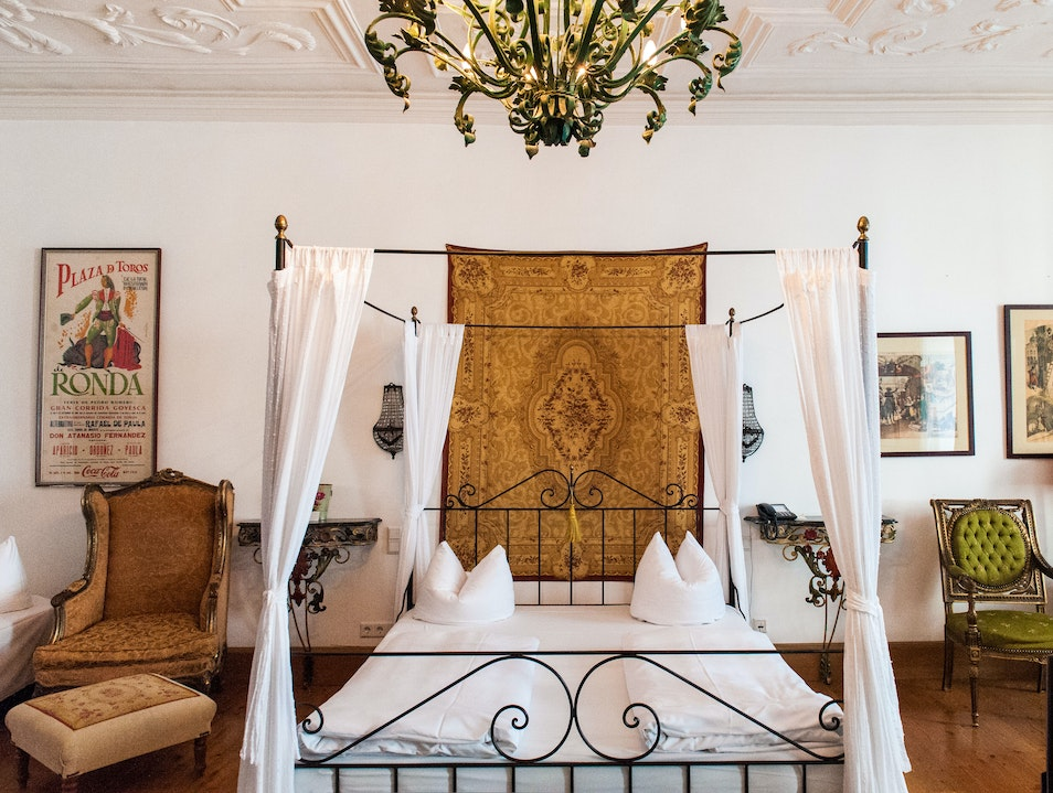 Sumptuous Hotel from a Different Era