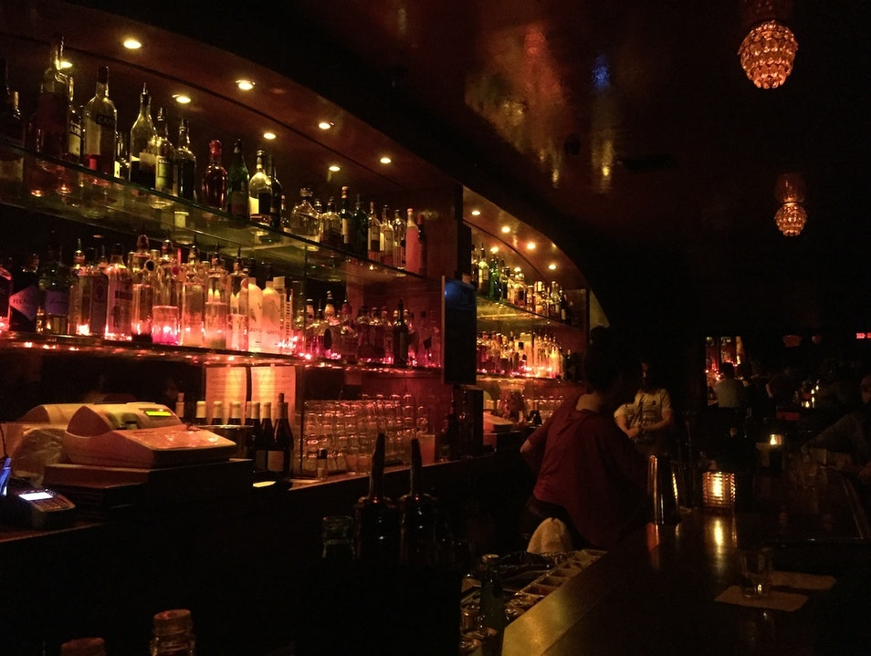 Sultry Clubbing in Hollywood