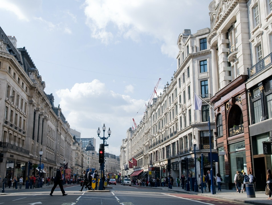 Browse London's Most Fabulous Shopping Streets