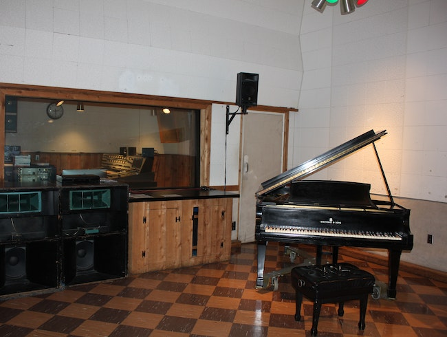 Studio B: Where Elvis Created Nashville