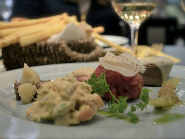 Be not afraid of beef tartare