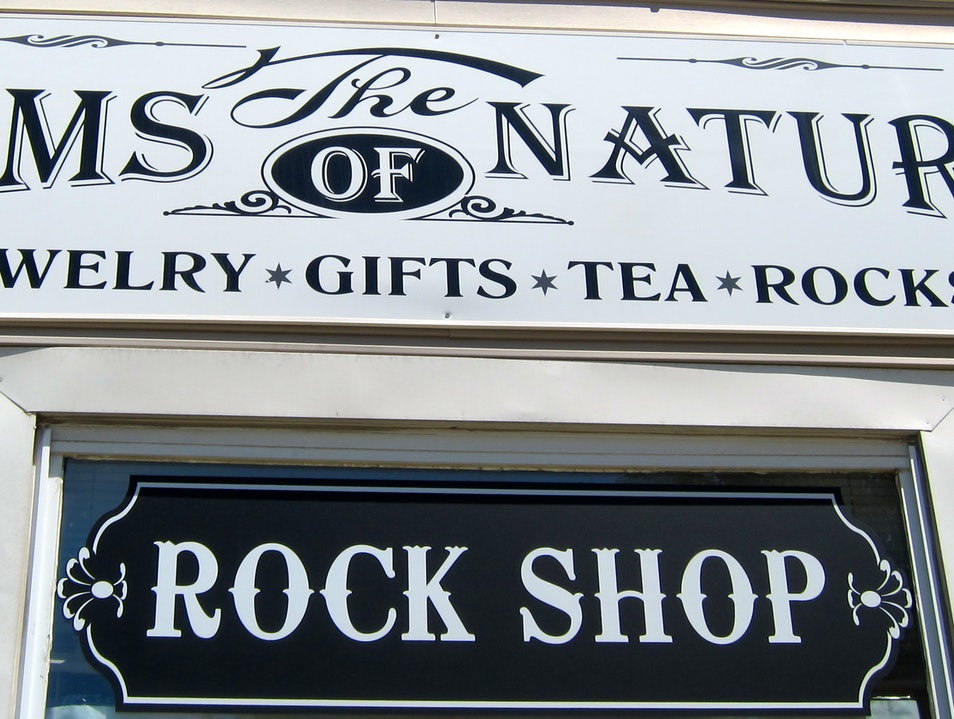 The Shop That 'Rocks' Wheeling Illinois United States