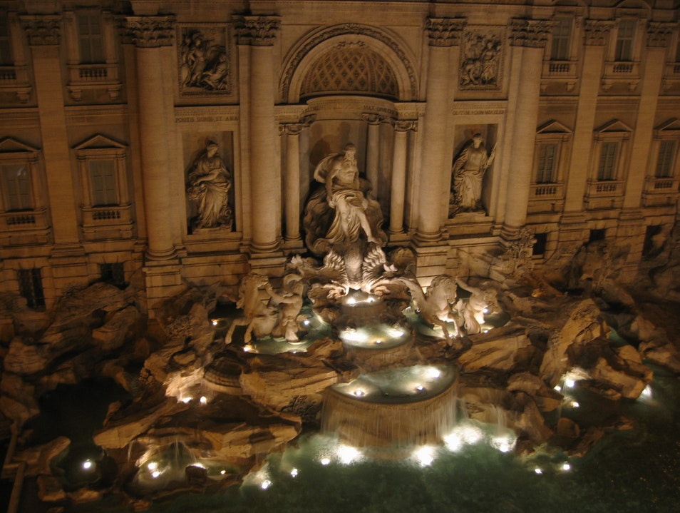 Trevi Fountain Hideaway Rome  Italy