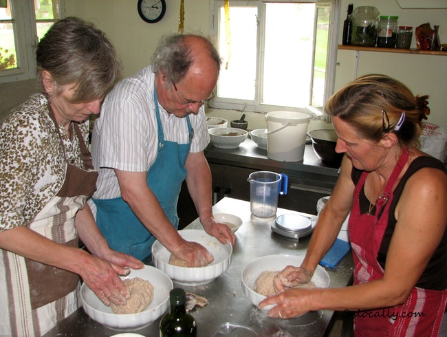 Making bread in a traditional way