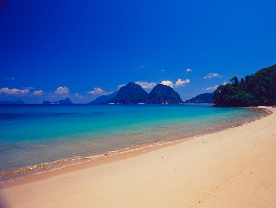It Doesn't Get More Secluded Than This - Las Cabanas Beach - El Nido, Philippines