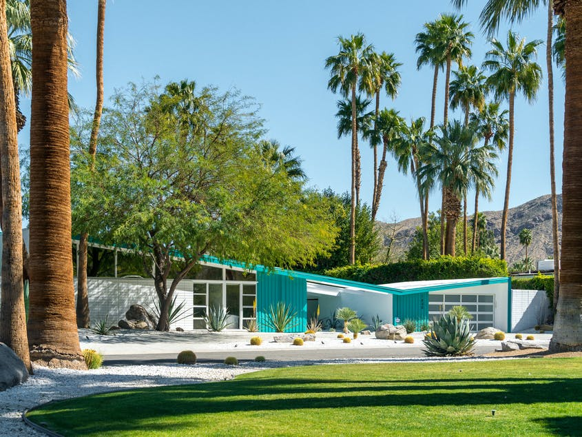 Palm Springs is a haven for midcentury architecture.