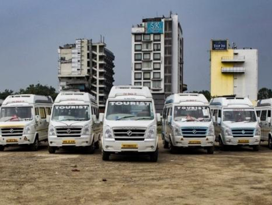 Tempo Traveller Hire in Delhi New Delhi  India