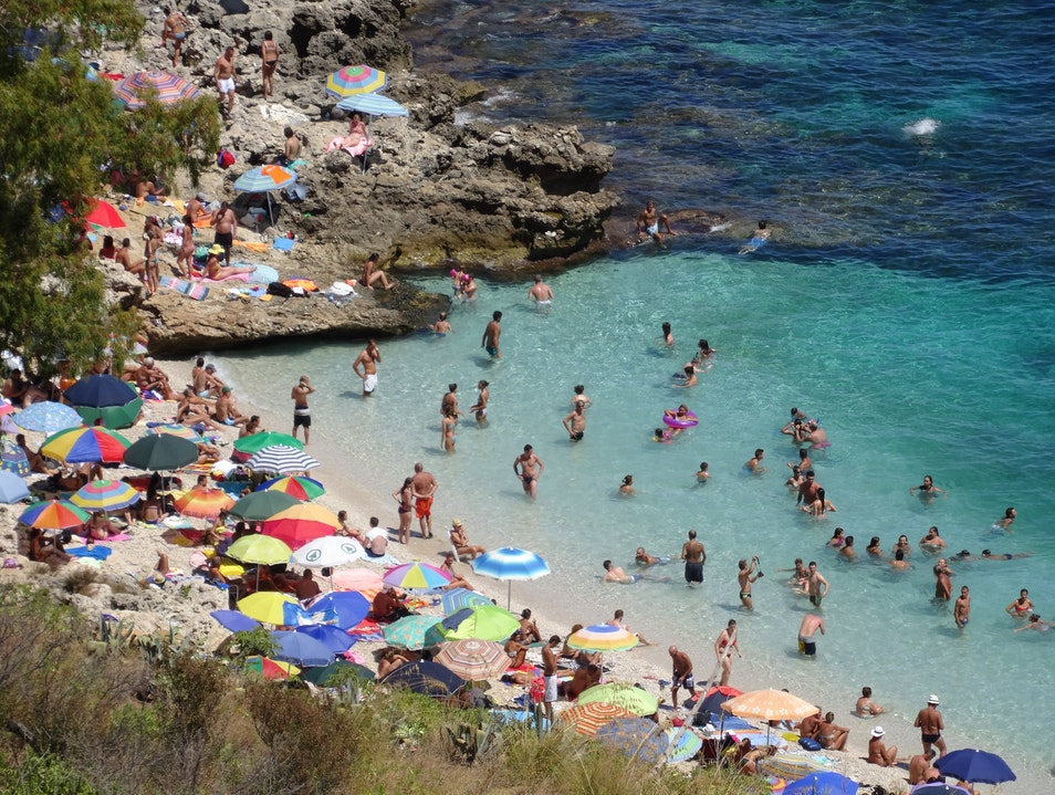 Crystal clear water with a Sicilian attitude