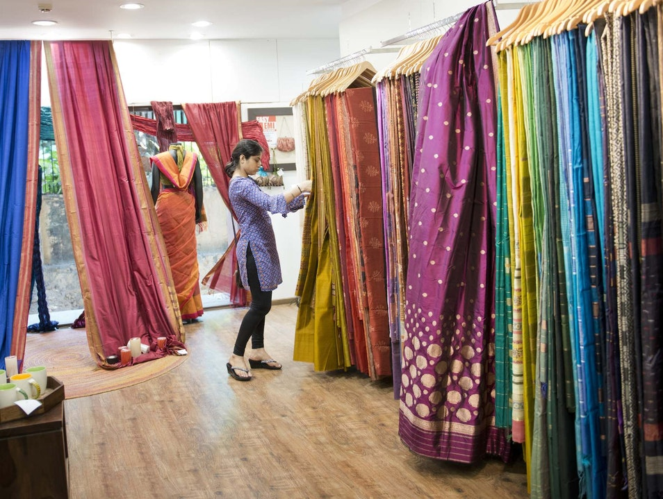 Shopping for Mumbai's Beautiful Fabrics Mumbai  India