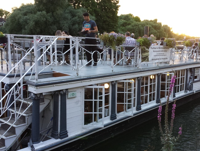 Amazing Boat Restaurant on the Thames
