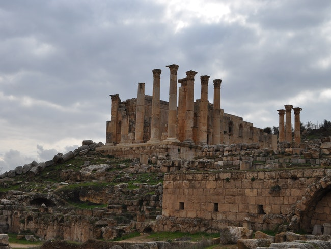 Discovering the ruins of the ancient city of Jerash