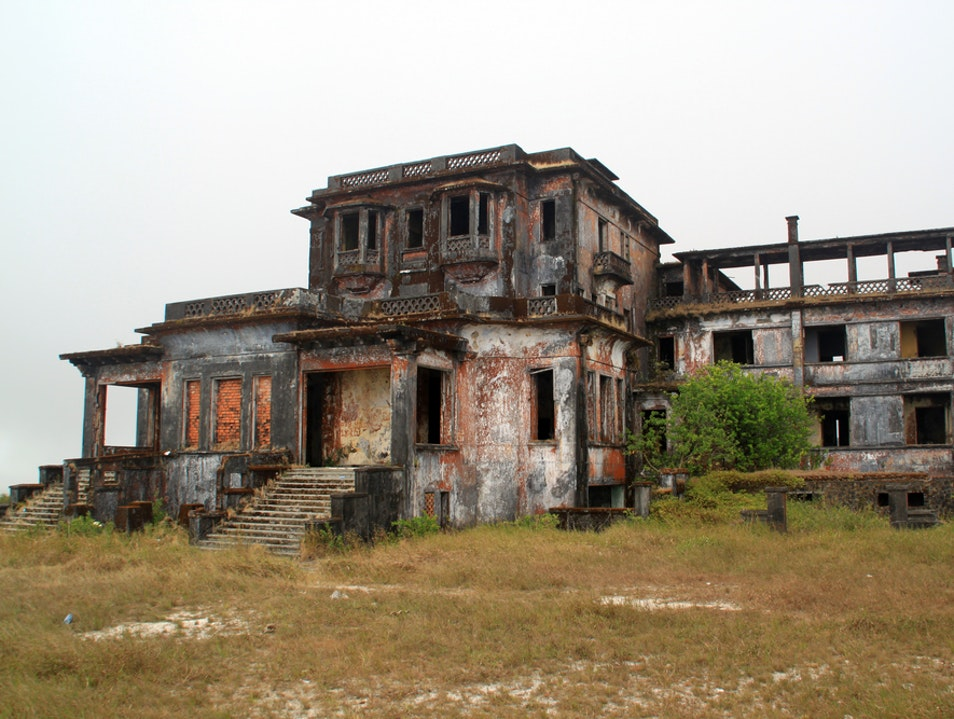 Bokor Hill Station 'Pleasure Palace' Phnum Bokor National Park  Cambodia