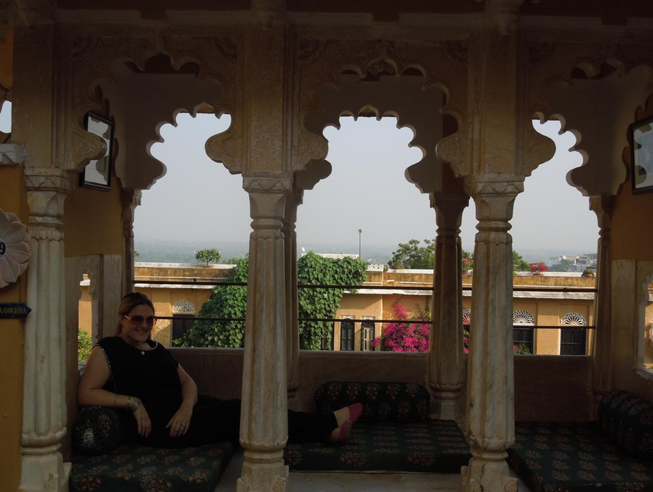 Overnight stay in a majestic and historic Rajasthani palace Rajsamand  India