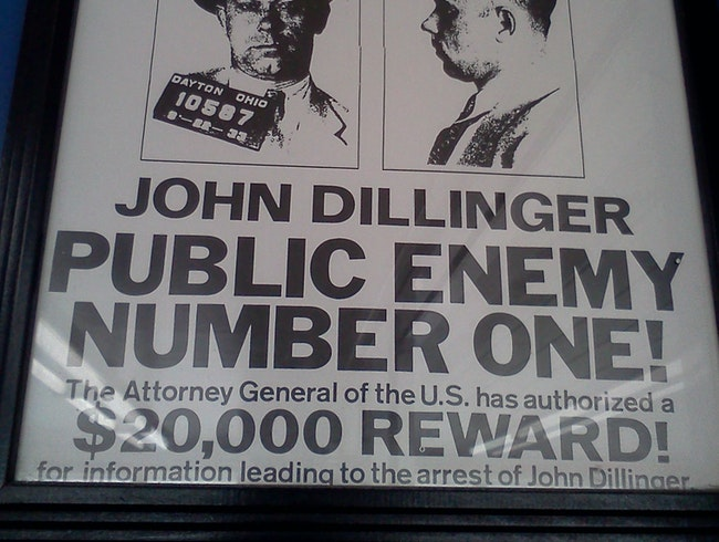 Serving Up Chicago Gangster History at Dillinger's Drive-In