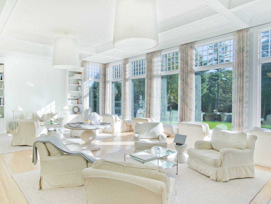 A Truly Glamorous, Multidimensional Spa in CT