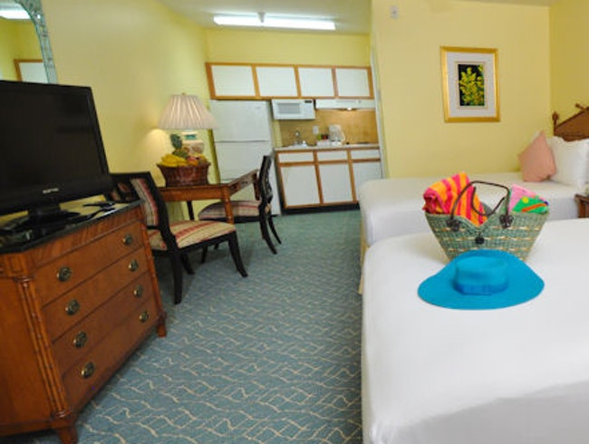 Sunshine Suites Grand Cayman
