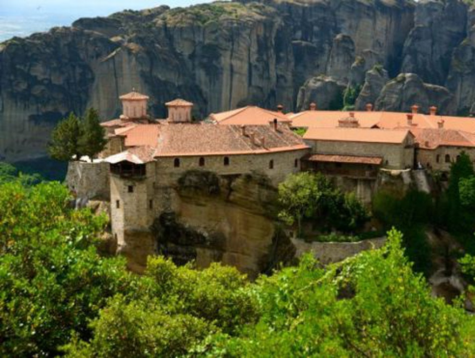 Hike to Meteora's Magnificent Monasteries Kalabaka  Greece