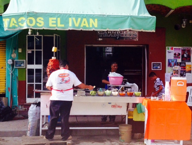 Best street tacos in Sayulita
