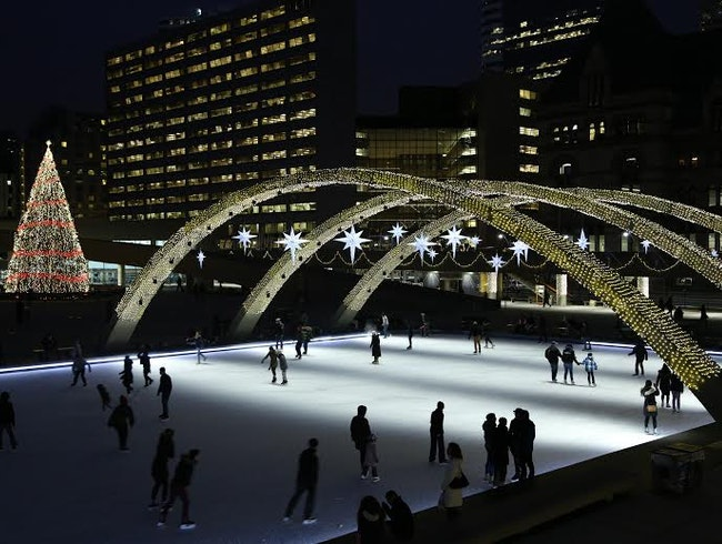 The Quintessential Winter Activity in Toronto: Ice Skating!