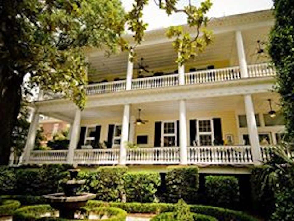 Southern Hospitality at The Governors' House Inn Charleston South Carolina United States