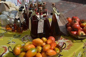 Sustainable Nantucket Farmers and Artisans Market