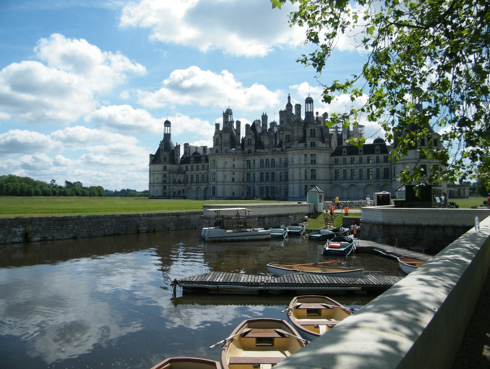 OUTSTANDING SKYLINE Chambord  France