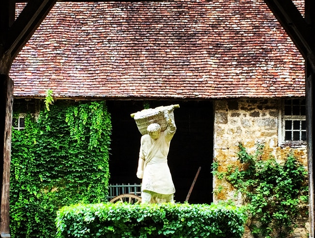 Where monk's first made wine in Burgundy