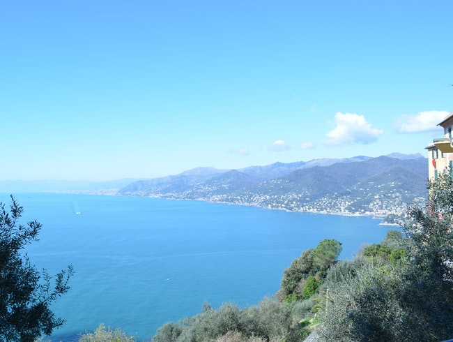 Panorama over the entire coastline (including the city!)