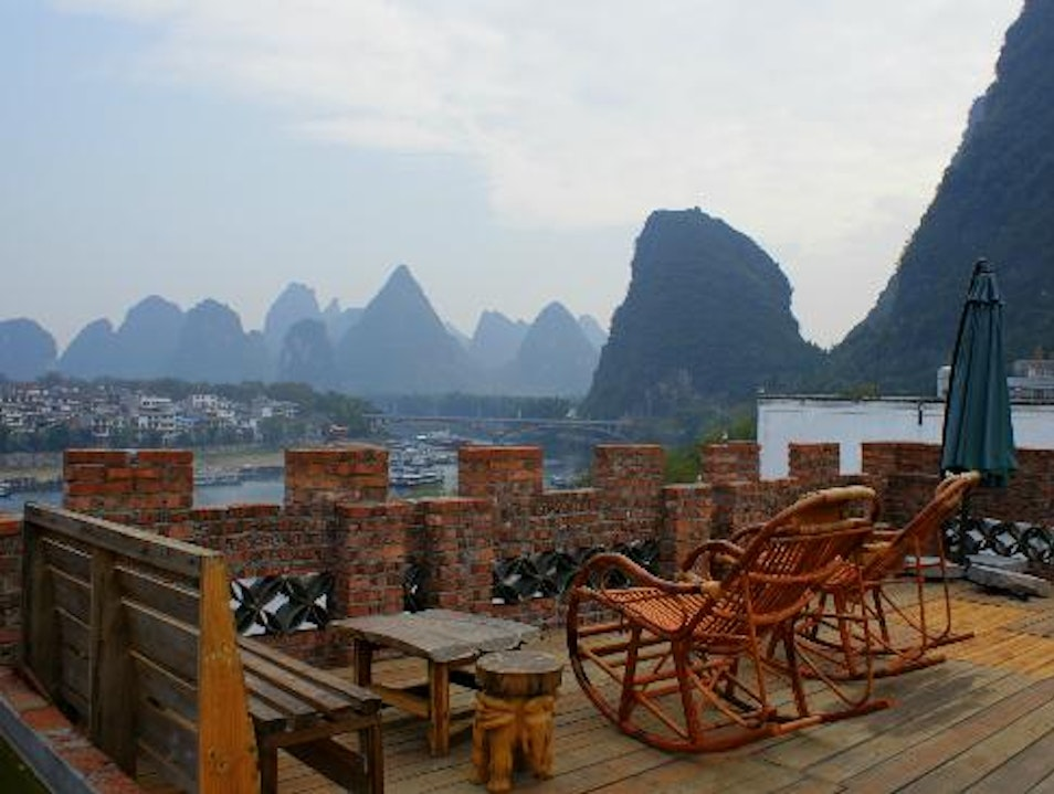 En Attendant Godot Youth Hostel Guilin  China